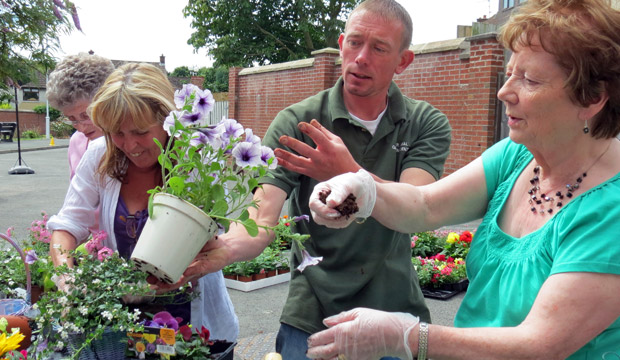 Gardening classes for older people